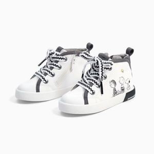 Peanuts Snoopy High Tops